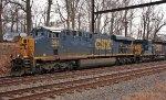 CSX 894 leads Q404